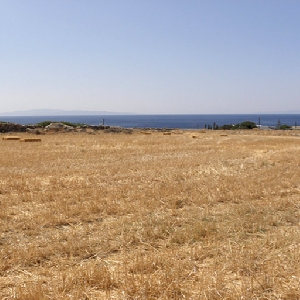 Buildable lot in Ksiropigado, Paros