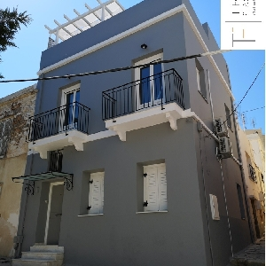 Detached house in Neapoli…